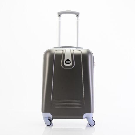 4 Kerekes Merev Falú Kabinbőrönd 55x38x20 cm Fekete